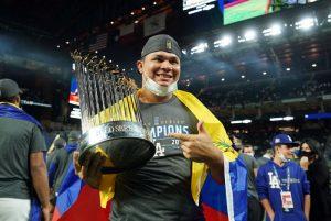 Brusdar Graterol el primer venezolano campeón con los dodgers