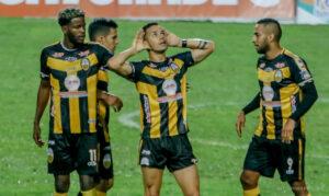Deportivo Táchira remontó a Club Olimpia
